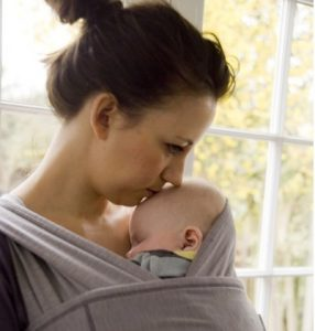 Plagiocefalia y uso de portabebés
