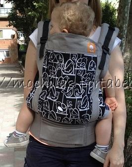 Tula Baby Carrier delante