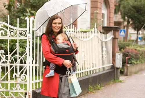 Mochila Manduca un día de lluvia