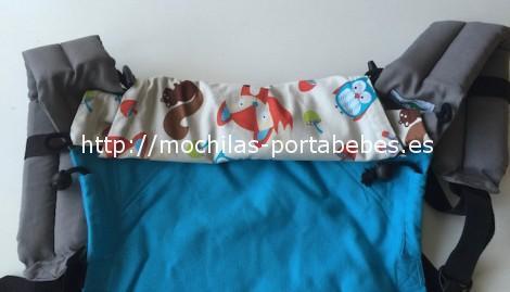 Mochila Buzzidil talla Estándar detalle de la capucha recogida