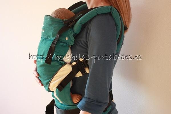 Manduca con bebé recién nacido
