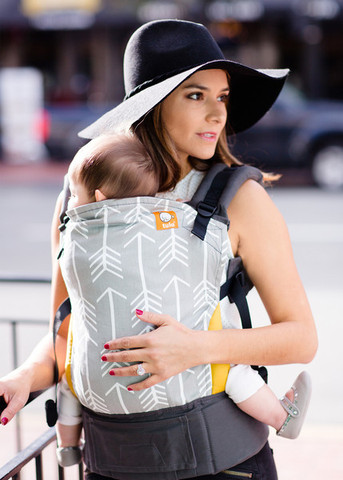 Tula Baby Carrier modelo Archer